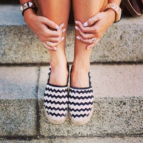 Zig Zag Shoes..... um no! CHEVRON