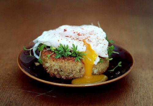 Quinoa cakes with poached eggs and sprouts (click through for recipe)