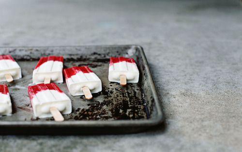 campari strawberry limeade pops | eat | Pinterest