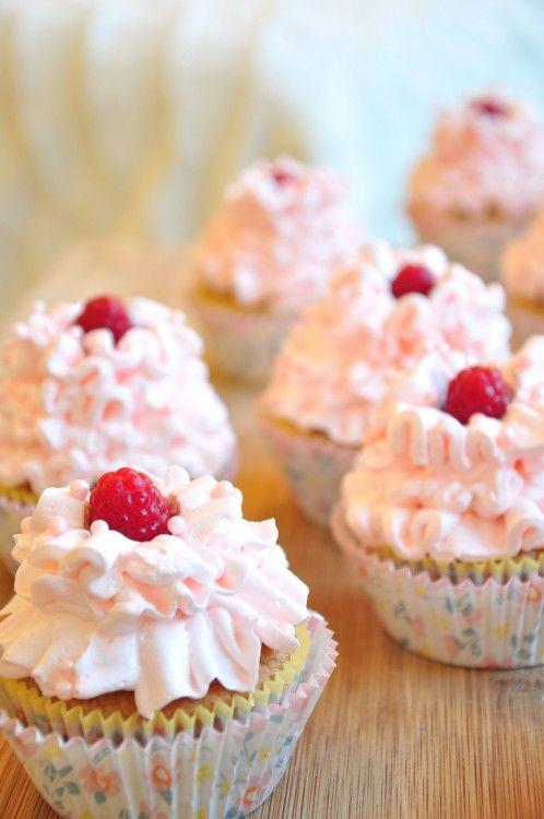 White Chocolate & Raspberry Cupcakes with Raspberry Buttercream