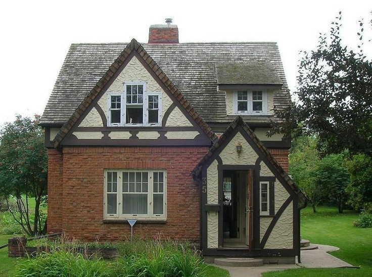 17 best photo of small tudor homes ideas architecture for Small tudor homes