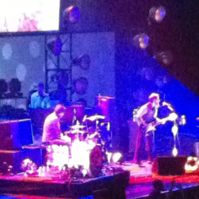The black keys at bankers life fieldhouse indianapolis 03 16 12