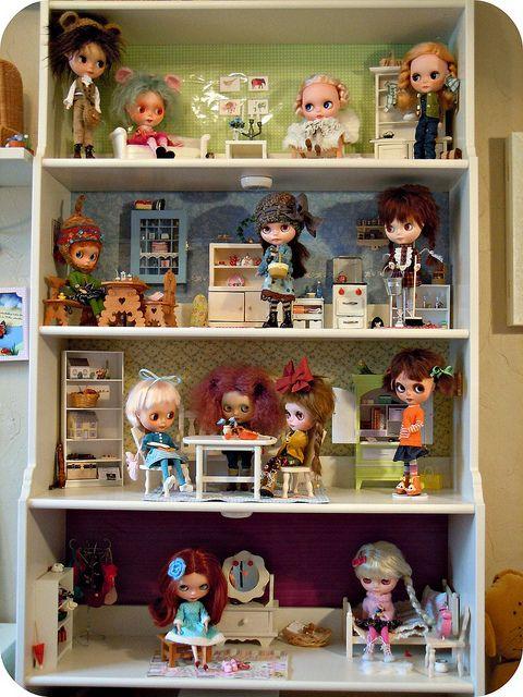 Dollhouse shelves for Blythe by Herzlichkeiten : Easy DIY Dollhouses ...