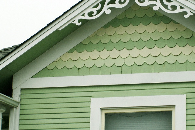 Exterior house colors sage green - Scalloped House Lovely Casa Pinterest