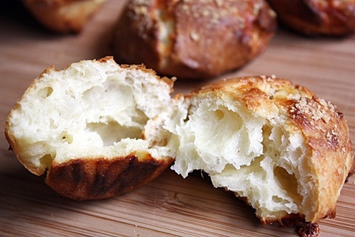 Gougeres – French Cheese Puffs