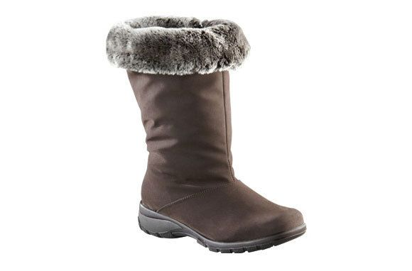 Looking for winter boots that will keep your feet warm and dry, but you won't be embarrassed to be seen in? Splurge on the ToeWarmers Janet Boots!