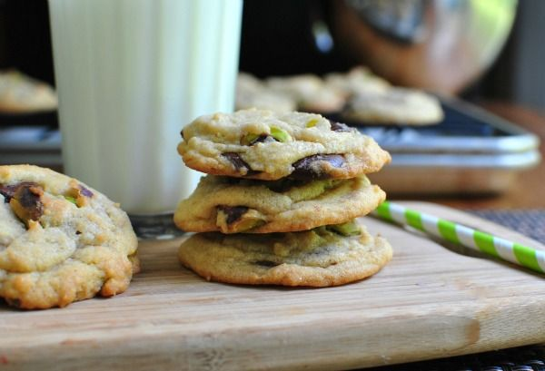 Dark Chocolate Chip & Pistachio Cookies | Sugar Sugar Awe Honey Honey ...