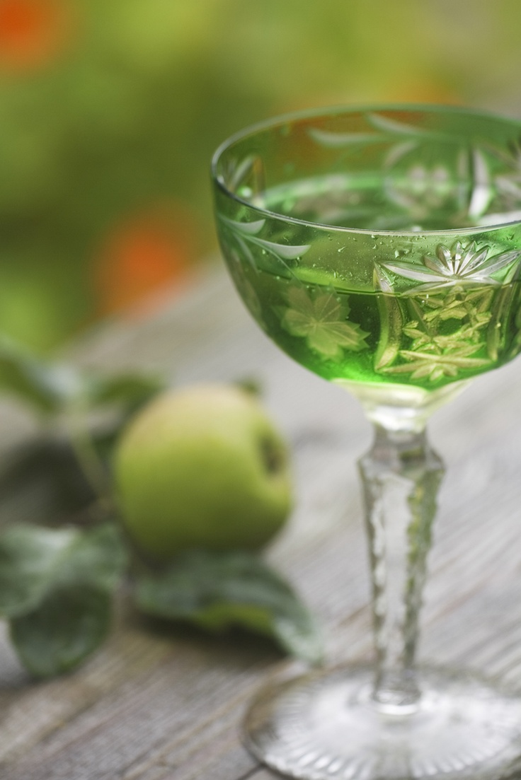 green, drink, glass, apple, appletini | gREEN | Pinterest