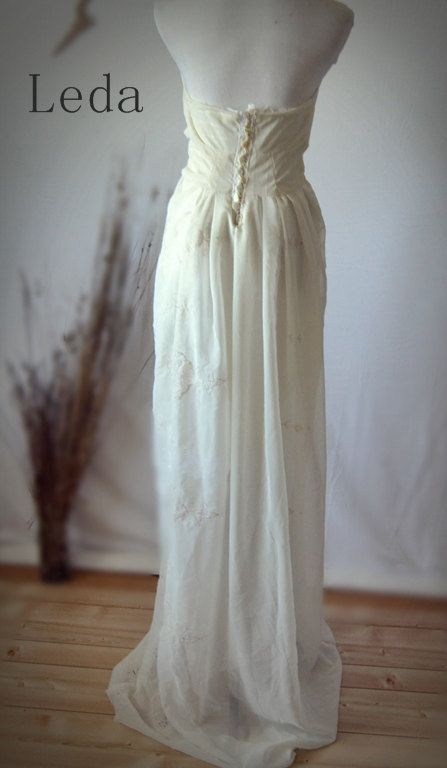 Pictures Of Shabby Chic Wedding Dresses : Shabby chic wedding dress vintage inspired gown by