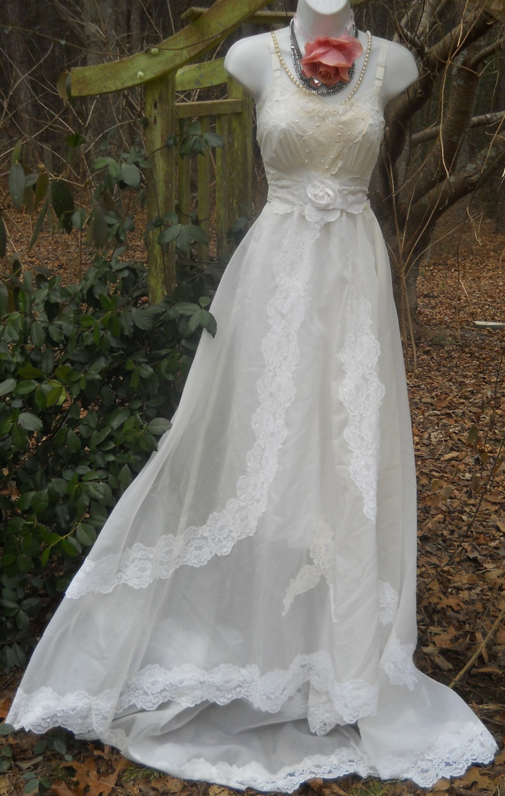 Cream wedding dress vintage lace romantic medium by vintage opulence