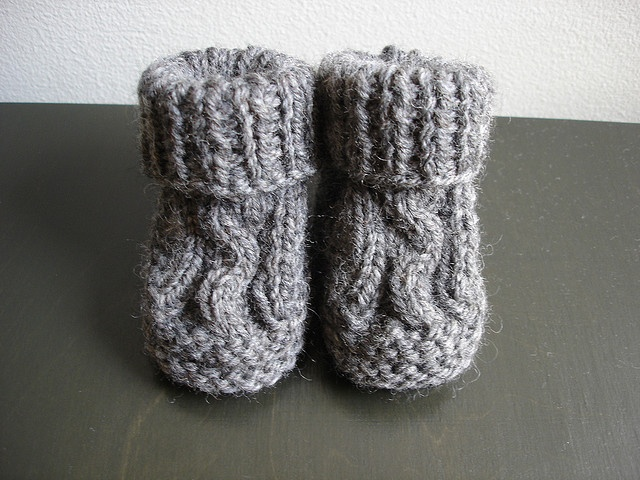 Baby Booties Cable Knitting Pattern : cable baby booties Knit and Crochet: Booties and ...