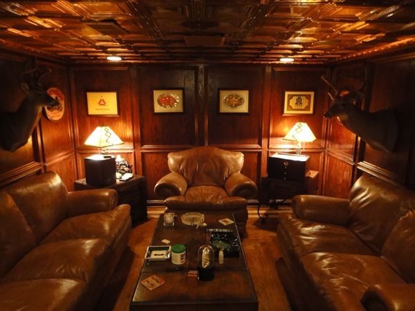 Man Cave Smoking Room : Pin by weapons living on the best man cave gear setup s