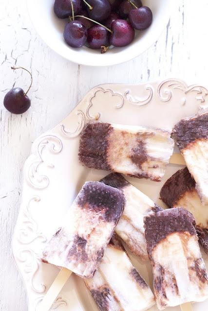 Dark cherry yogurt popsicles. | I'm gonna eat you | Pinterest