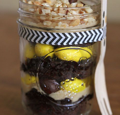in a Mason Jar - Chocolate Peanut Butter Brownie Dessert in a Jar ...