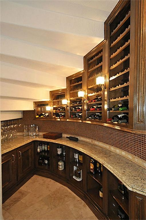 Wine cellar under stairs wine cellars storage pinterest for Wine cellar pinterest