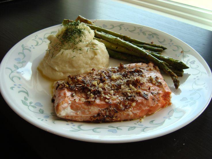 Hazelnut Crusted Salmon – The Foodee Project