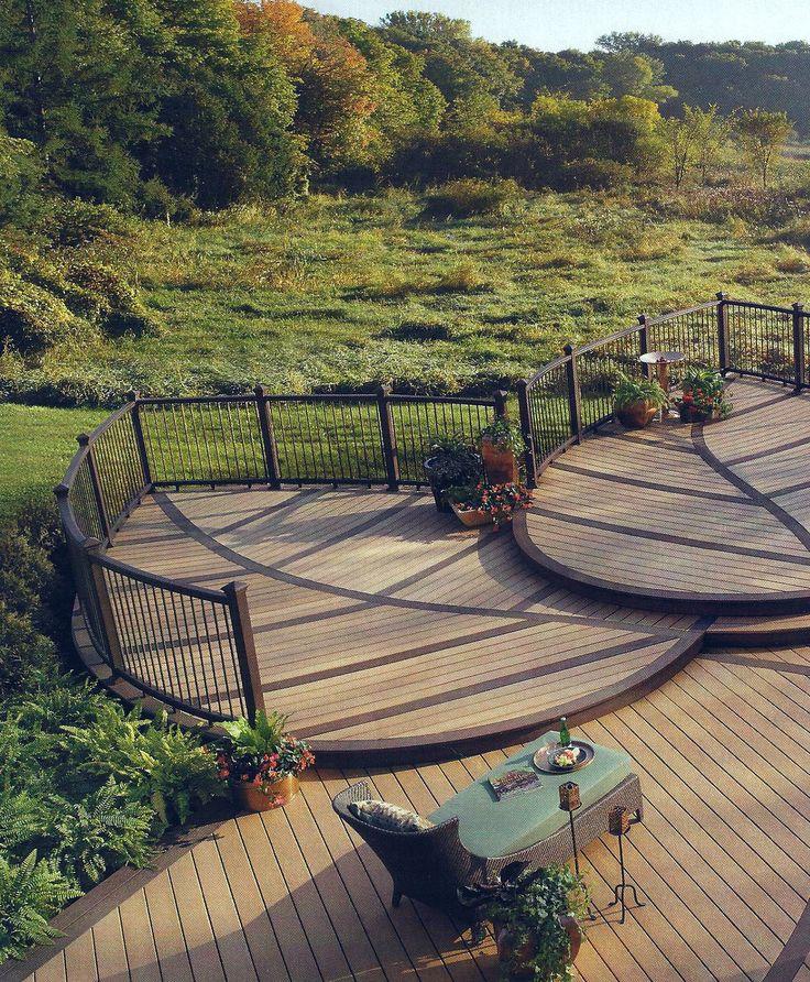 Multi Level Deck Using A Leaf Design Backyard Deck