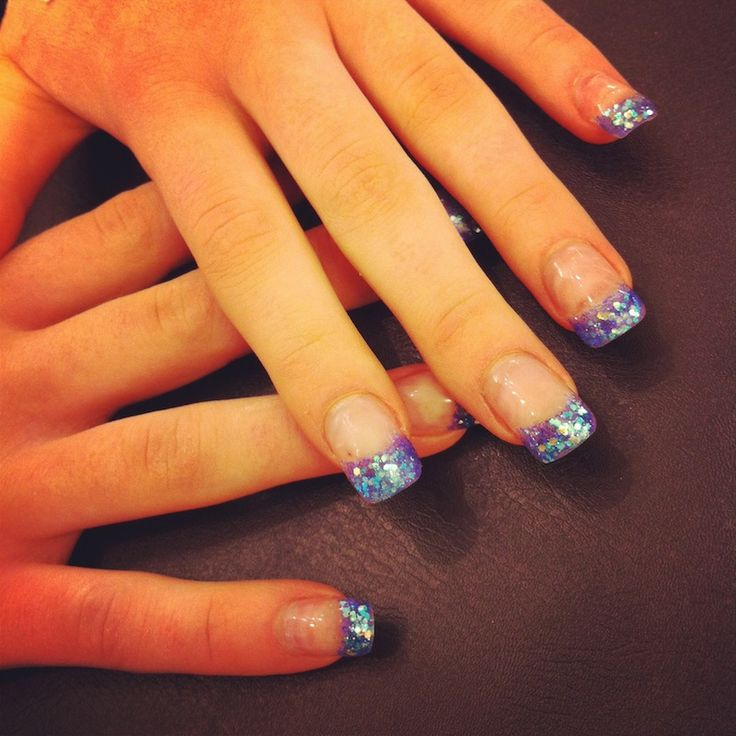 THE STUDIO by MikaDoesMakeup » Blue glitter french tips on gel nails