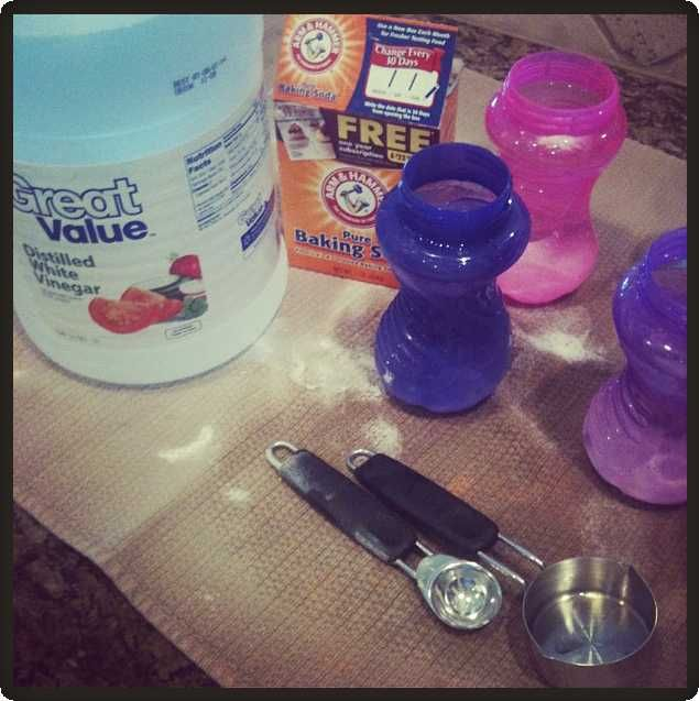 DIY – Cleaning Odors out of Plastics