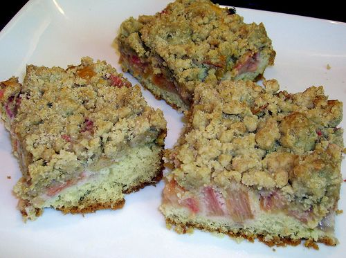 Coffee cake with rhubarb filling by Completely Delicious, via Flickr