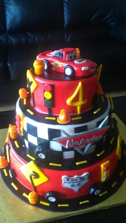 Cake With Fondant Cars : Cars fondant cake Fondant cakes Pinterest