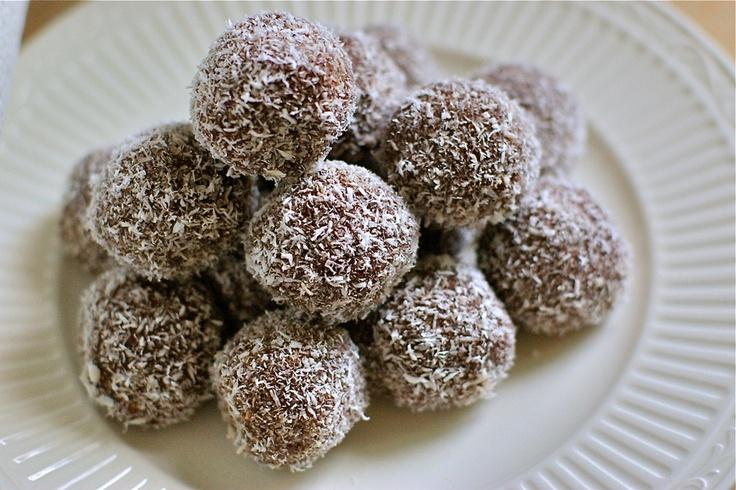 Chocolate coconut fudge balls | Fudge & Candy | Pinterest