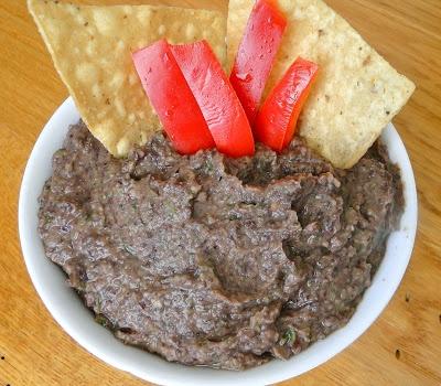 Easy Black Bean Dip via http://tarheeltastebud.blogspot.com/ #recipe # ...