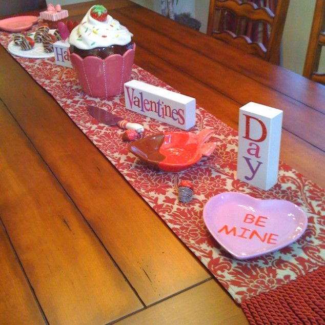 valentine's day table setup