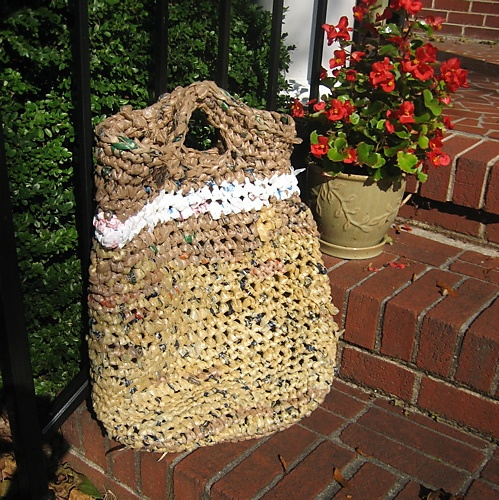 Crochet Plastic Bag Tote Pattern : recycle plastic bag crochet tote DIY - crochet Pinterest