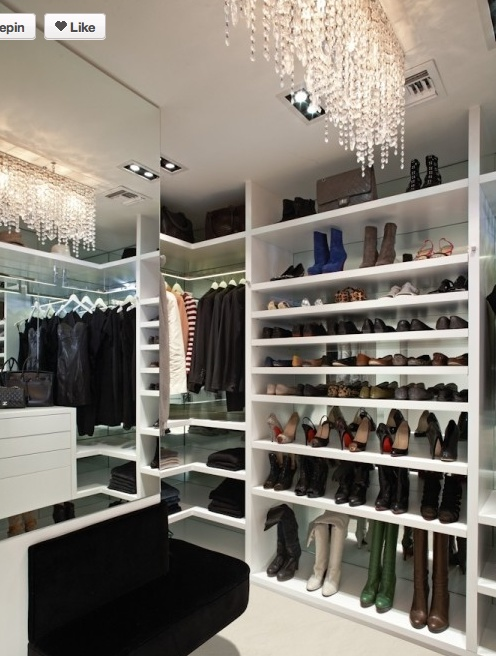 Best walk in closet ever walk in closet dressing room for Best walk in closets in the world