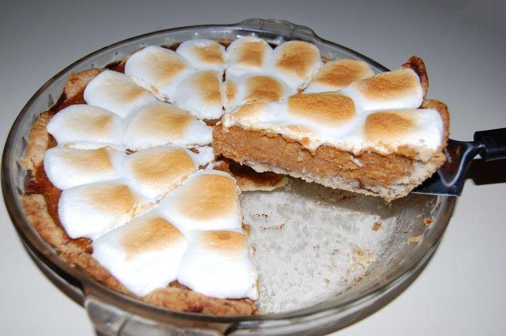 Sweet Potato Pie with Cinnamon Roll Crust - My favorite way to eat ...