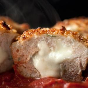 Chicken Parmesan Meatloaf Muffins Recipe from Chow - Portion control ...