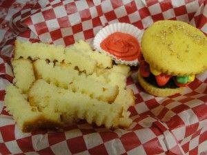 Cupcake Burger & Pound Cake Fries | Cupcakes | Pinterest
