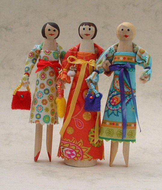 Old Fashioned Clothespin Dolls