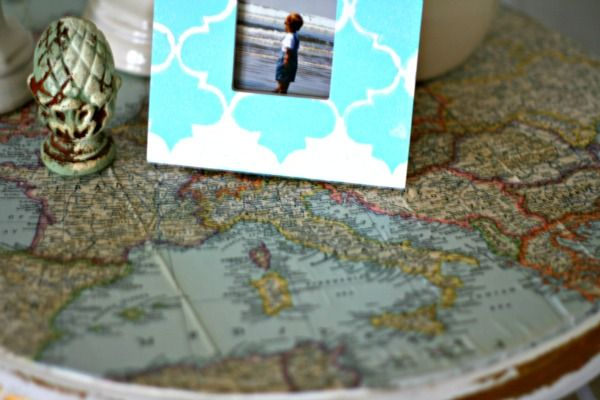 Decoupage ideas vintage map table top for Creative table tops