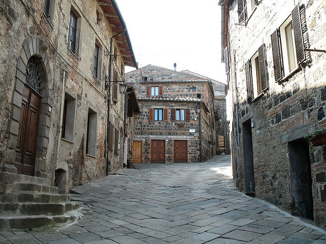 Radicofani Italy  city photo : Street in Radicofani, Tuscany, Italy | small streets | Pinterest