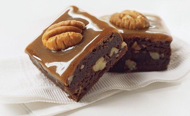 Secrets to Making Turtle Brownies   sweet treats   Pinterest