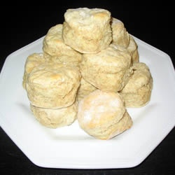 ... fluffy whole wheat biscuits recipe dishmaps light airy whole grain