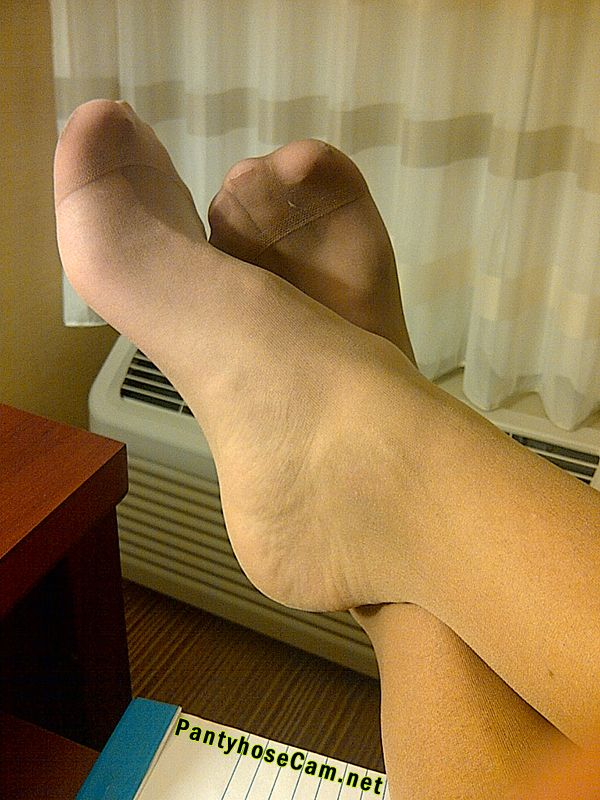 Pantyhose footjob after the charity event 8
