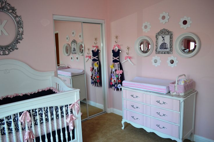 Simply Wall Decor in Pink and White Nursery - #projectnursery