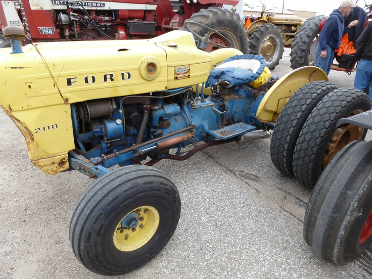 Ford 2110 Tractor : Ford kicd antique tractor ride pinterest