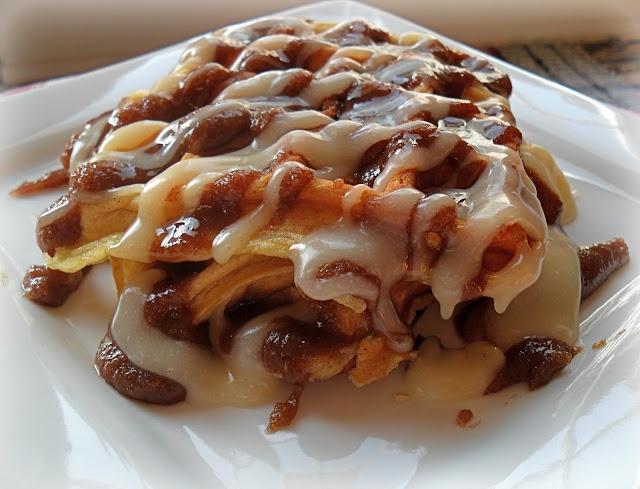 Cinnamon Roll Waffles | FOOD-BREAKFASTS | Pinterest