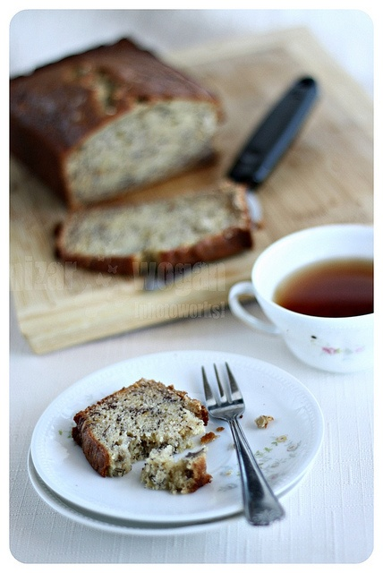 ... Recipe/janets-rich-banana-bread/detail.aspx You guys should try it