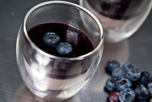 RED BEAN PUDDING WITH BLUEBERRY SAUCE... I love love sweet red beans ...