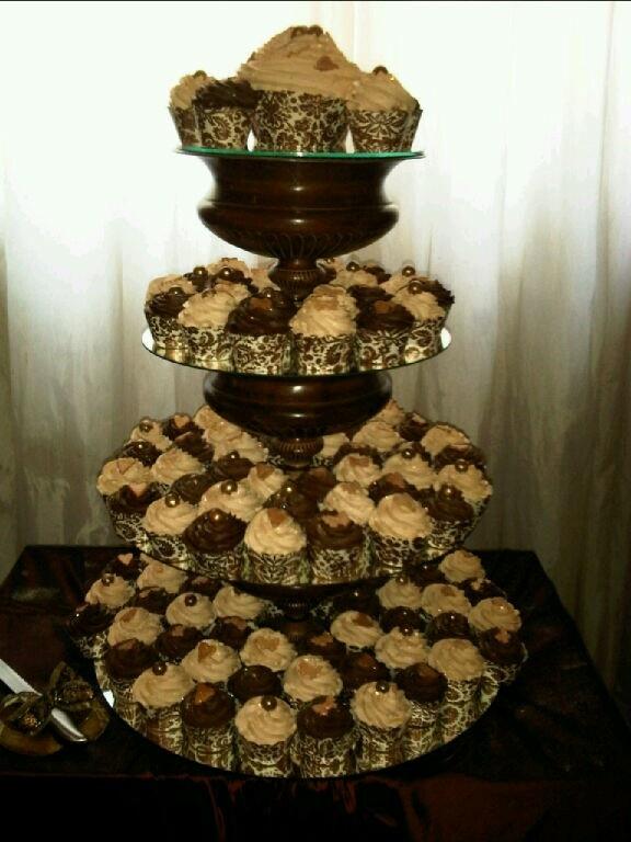 Gold Cupcake Tower Adorox 3 Tier Gold Round Cardboard