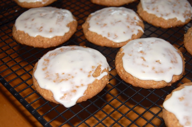 Maple Glazed Oatmeal Cookies | Cookies/Bars/Brownies..oh my | Pintere ...