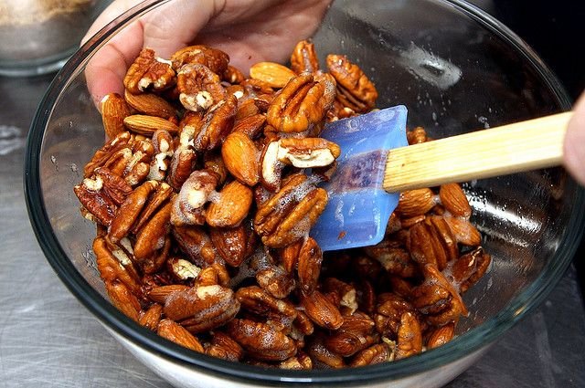 Sugar-and-Spice Candied Nuts Adapted from Elizabeth Karmel of Hill ...