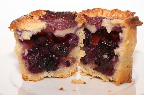 Blueberry Jar Pies | Recipes I want to try!! | Pinterest