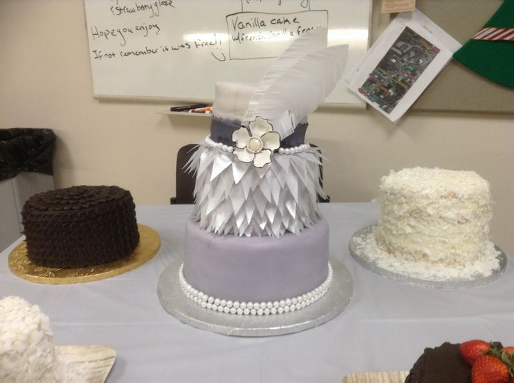Pin by Itty Bitty Confections on Cakes and desserts | Pinterest