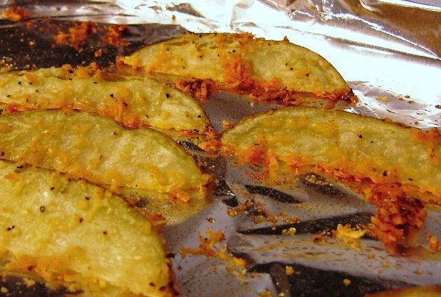 Oven Baked Seasoned Potato Wedges